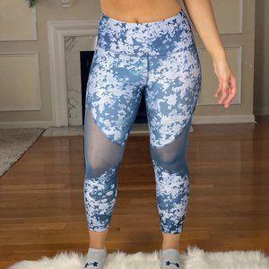 Under Armour Heat Gear Blue Crop Leggings XS